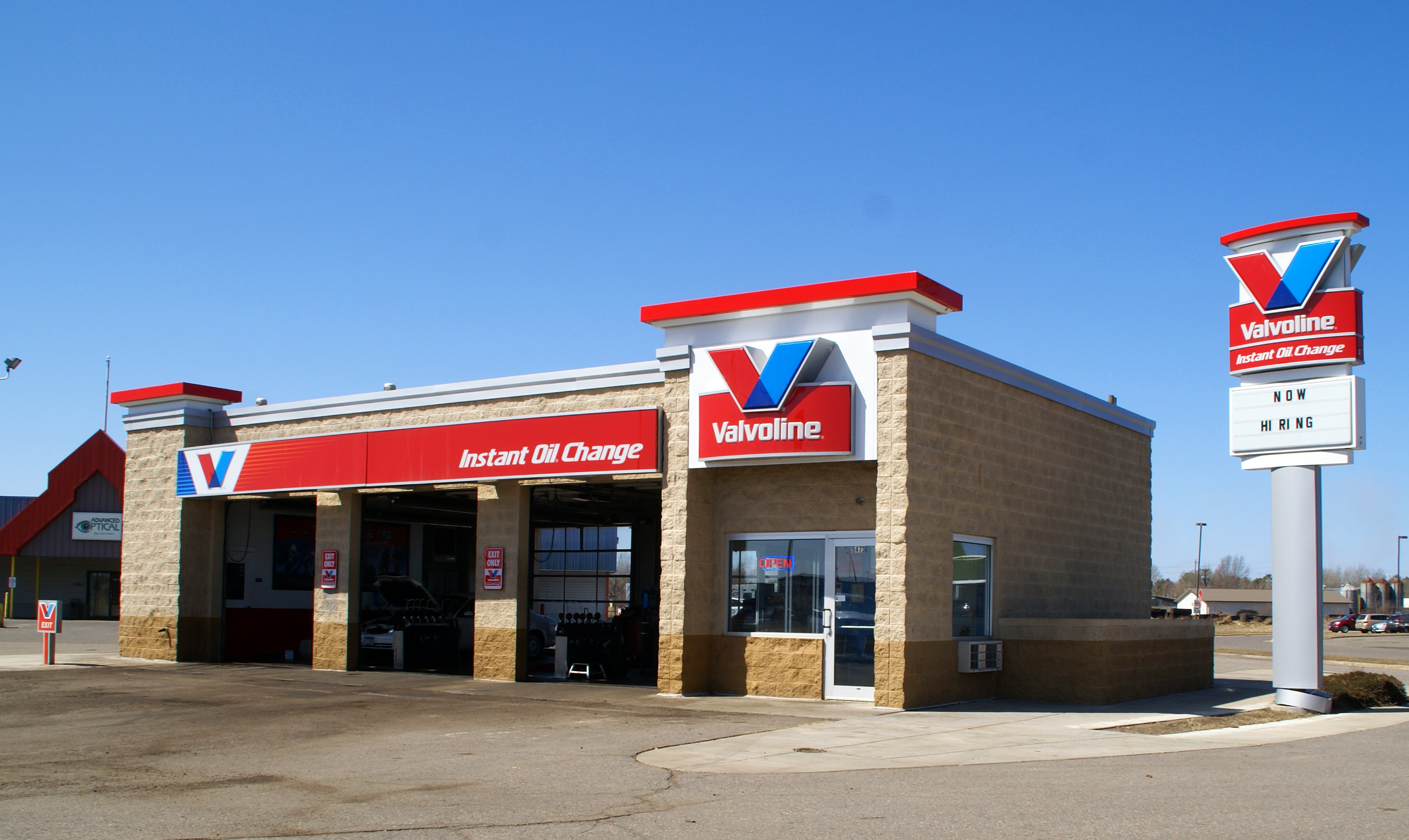 Valvoline instant oil change locations near me