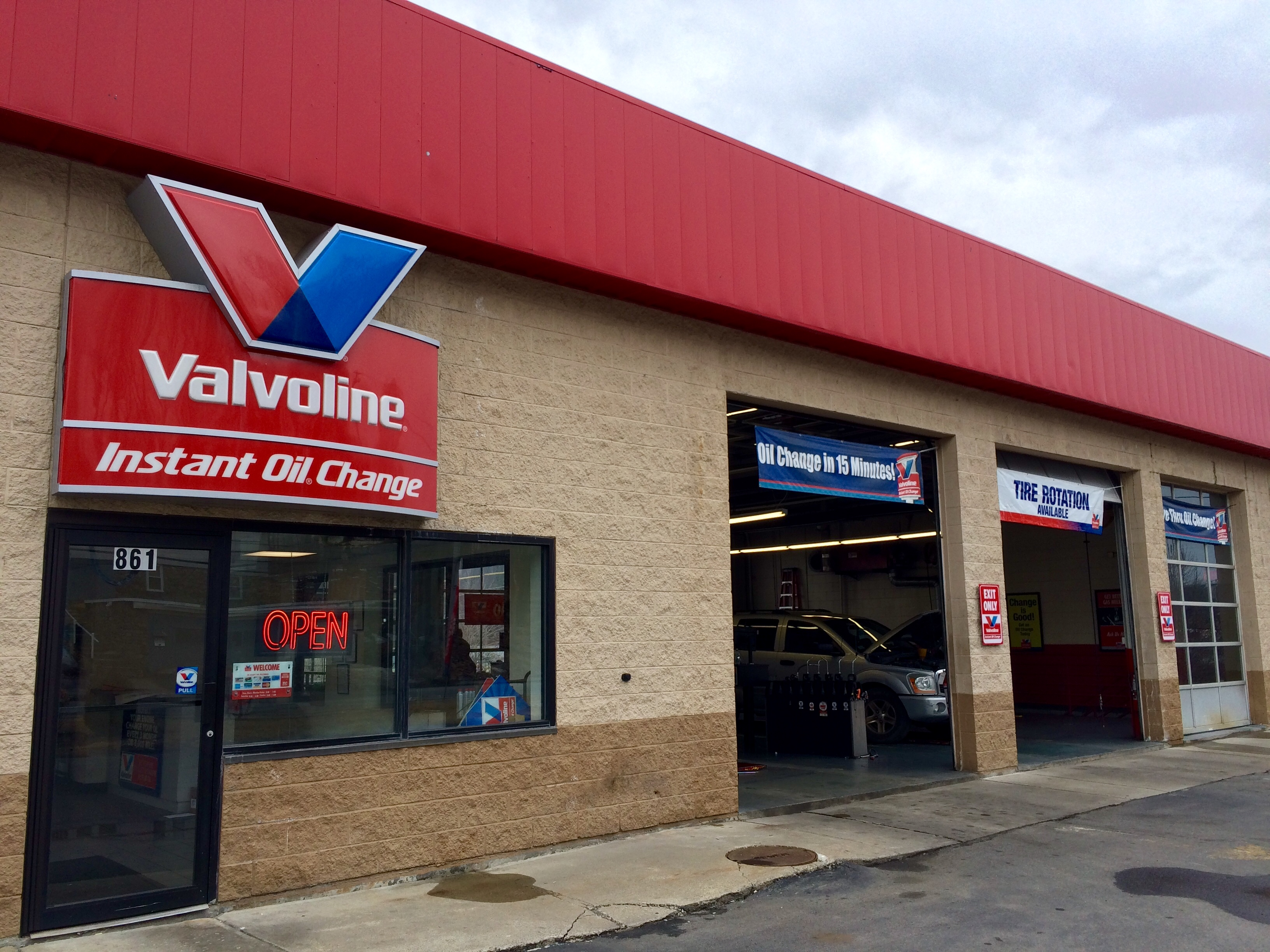 This is a photo of Trust Valvoline Instant Oil Change Coupons Printable 19.99