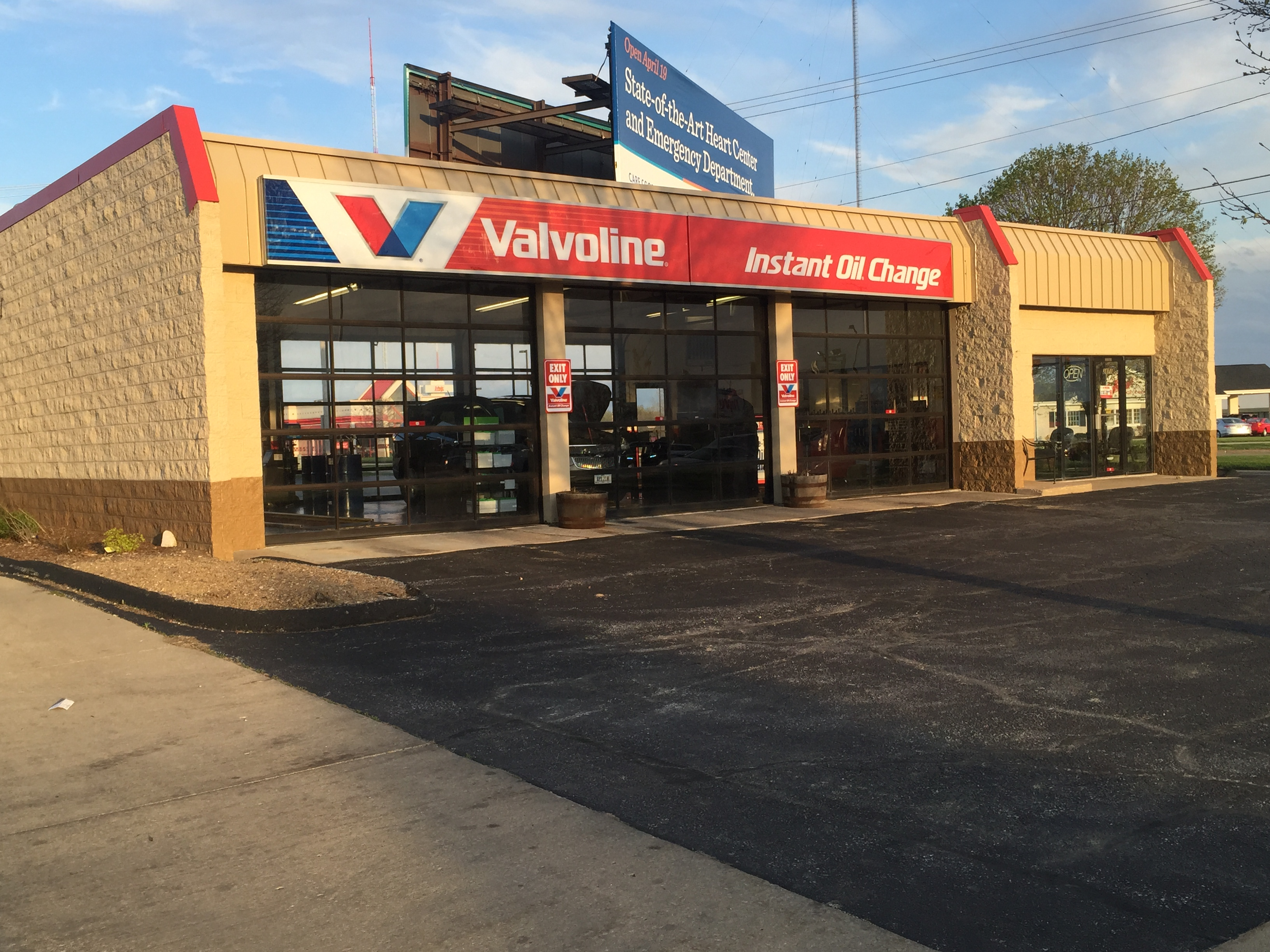 Valvoline Instant Oil Change Bettendorf IA 2871 Devils Glen Road